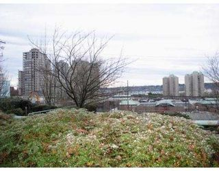 "Photo 10: G3 1026 QUEENS Avenue in New Westminster: Uptown NW Condo for sale in ""AMARA TERRACE"" : MLS®# V860178"