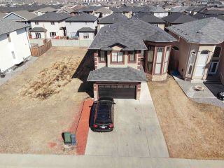 Photo 2: 13504 162 Avenue in Edmonton: Zone 27 House for sale : MLS®# E4237958