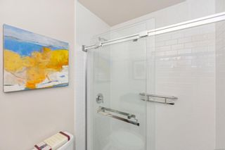Photo 17: 215 10110 Fifth St in : Si Sidney North-East Condo for sale (Sidney)  : MLS®# 880325