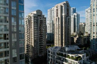 "Photo 8: 1701 1001 HOMER Street in Vancouver: Yaletown Condo for sale in ""THE BENTLEY"" (Vancouver West)  : MLS®# R2243533"
