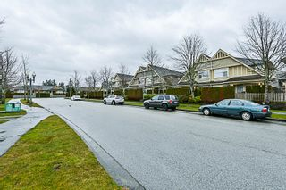 """Photo 55: 16 15450 ROSEMARY HEIGHTS Crescent in Surrey: Morgan Creek Townhouse for sale in """"CARRINGTON"""" (South Surrey White Rock)  : MLS®# R2245684"""