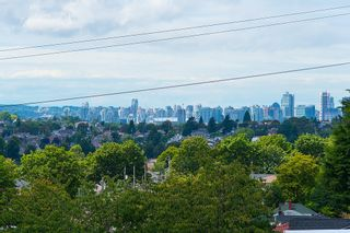 Photo 6: 3810 PENDER STREET in Burnaby North: Home for sale : MLS®# R2095251