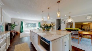 Photo 12: 144 QUESNELL Crescent in Edmonton: Zone 22 House for sale : MLS®# E4265039