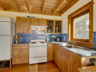 Photo 30: 135 HAIRY ELBOW Road in Seymour: Halfmn Bay Secret Cv Redroofs House for sale (Sunshine Coast)  : MLS®# R2556718