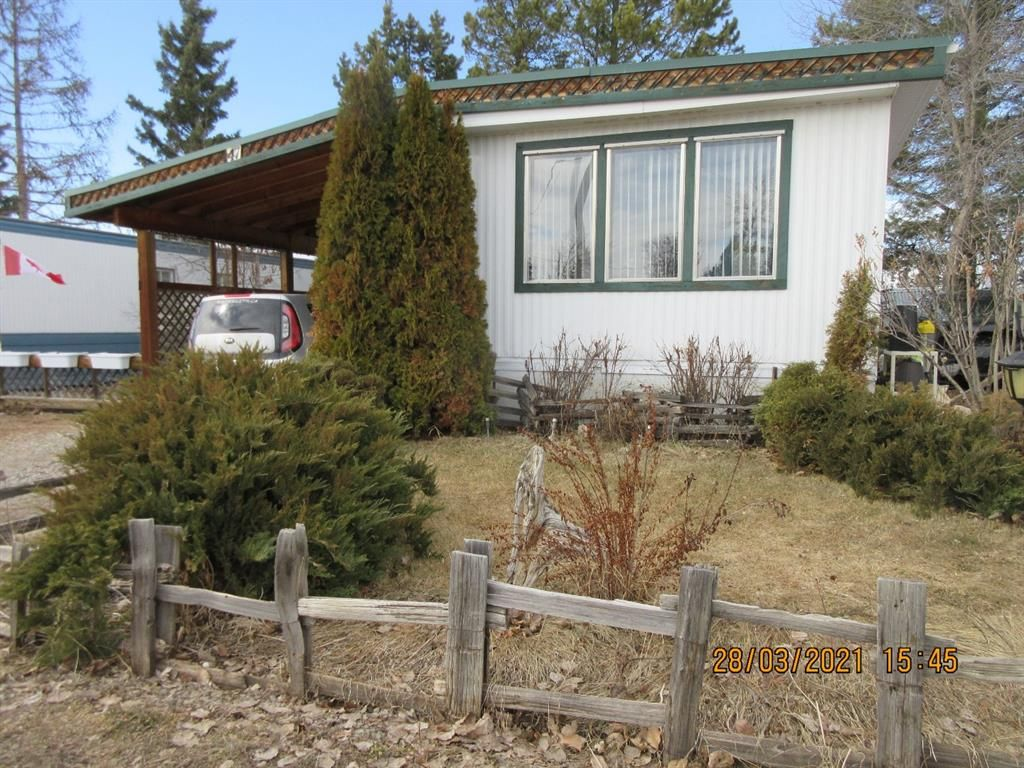 Main Photo: 47 Mobile Drive: Three Hills Mobile for sale : MLS®# A1088065
