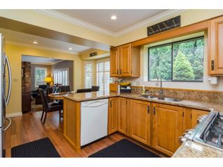Photo 12: 1764 148A Street in Surrey: Sunnyside Park Surrey House for sale (South Surrey White Rock)  : MLS®# R2166852