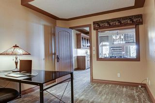 Photo 34: 251 Slopeview Drive SW in Calgary: Springbank Hill Detached for sale : MLS®# A1132385