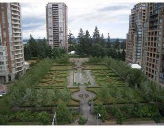 Photo 2: 902 6833 STATION HILL Drive in Burnaby South: South Slope Home for sale ()  : MLS®# V773658