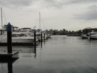 """Photo 6: F14 1088 MARINASIDE Crescent in Vancouver: Yaletown Condo for sale in """"QUAYSIDE MARINA"""" (Vancouver West)  : MLS®# R2121416"""