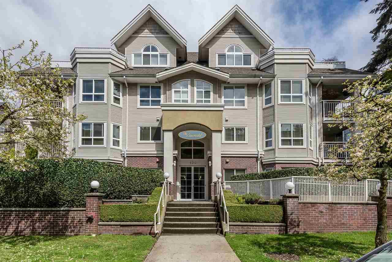 "Main Photo: 101 130 W 22 Street in North Vancouver: Central Lonsdale Condo for sale in ""THE EMERALD"" : MLS®# R2159416"