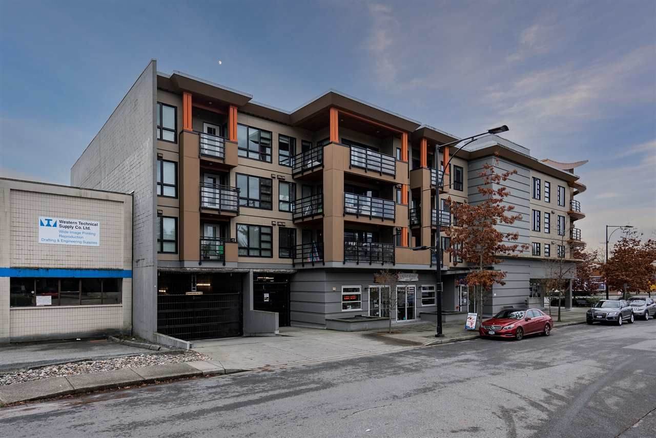 """Photo 2: Photos: 206 857 W 15TH Street in North Vancouver: Mosquito Creek Condo for sale in """"The Vue"""" : MLS®# R2534882"""