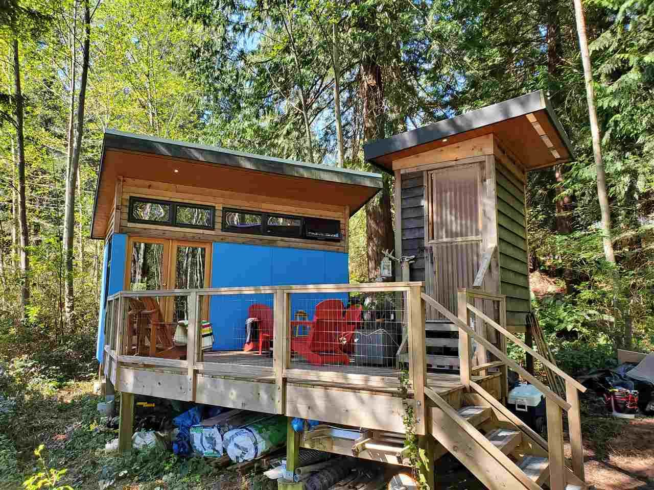 Tiny Home with sundeck and composting toilet