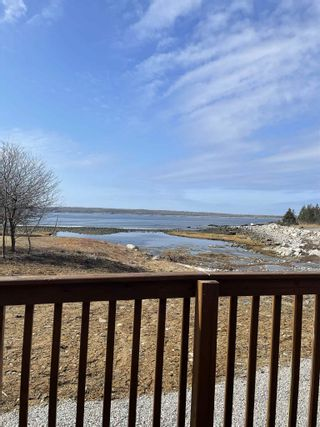 Photo 6: 2722 Sandy Point Road in Sandy Point: 407-Shelburne County Residential for sale (South Shore)  : MLS®# 202105908