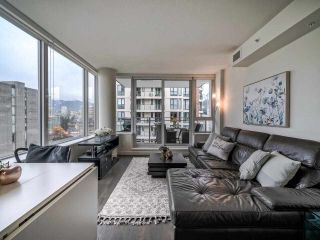 Photo 3: 1501 1009 HARWOOD Street in Vancouver: West End VW Condo for sale (Vancouver West)  : MLS®# R2542060
