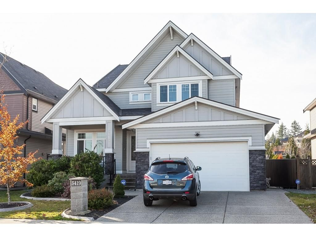 Photo 1: Photos: 5419 189A Street in Surrey: Cloverdale BC House for sale (Cloverdale)  : MLS®# R2420375