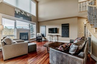 Photo 9: 30 Strathridge Park SW in Calgary: Strathcona Park Detached for sale : MLS®# A1151156