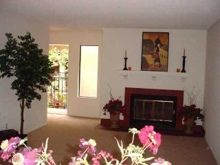 Photo 4: SAN DIEGO Residential for sale : 2 bedrooms : 2849 E Street #13