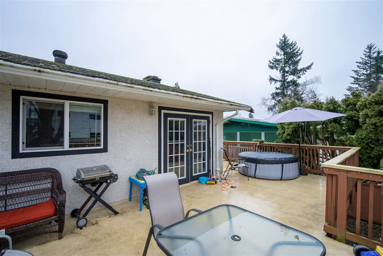 Photo 7: Photos: 2317 CASCADE Street in Abbotsford: Abbotsford West House for sale : MLS®# R2549498