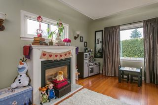 Photo 4: 345 MARMONT Street in Coquitlam: Maillardville House for sale : MLS®# R2026819