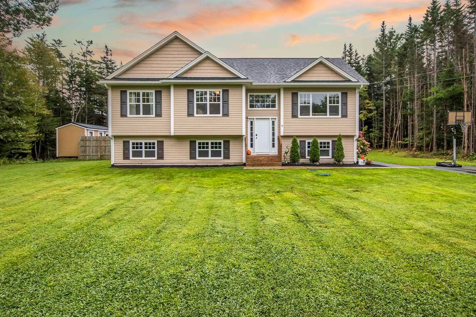 Main Photo: 9 Norwood Court in Porters Lake: 31-Lawrencetown, Lake Echo, Porters Lake Residential for sale (Halifax-Dartmouth)  : MLS®# 202124894