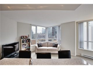 """Photo 14: 808 1212 HOWE Street in Vancouver: Downtown VW Condo for sale in """"1212 HOWE"""" (Vancouver West)  : MLS®# V1103940"""