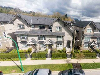 """Photo 3: 718 ORWELL Street in North Vancouver: Lynnmour Townhouse for sale in """"Wedgewood"""" : MLS®# R2269342"""