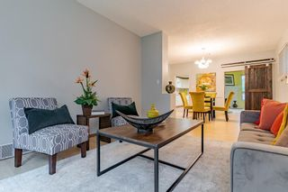 Main Photo: 1617 13 Avenue SW in Calgary: Sunalta Detached for sale : MLS®# A1128697