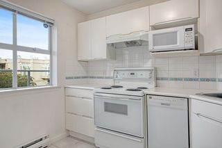 """Photo 7: 206 1333 W 7TH Avenue in Vancouver: Fairview VW Condo for sale in """"Windgate Encore"""" (Vancouver West)  : MLS®# R2621797"""