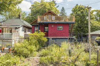 """Photo 38: 1021 SEMLIN Drive in Vancouver: Grandview Woodland House for sale in """"COMMERCIAL DRIVE"""" (Vancouver East)  : MLS®# R2584529"""