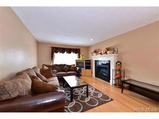 Photo 11: 2259 Millstream Road in Langford: La Thetis Heights House for sale