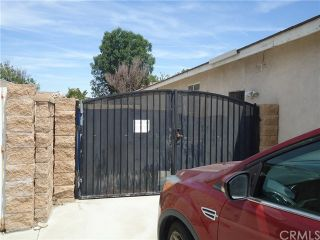 Photo 4: 17370 Madrone Street in Fontana: Residential for sale (264 - Fontana)  : MLS®# CV19088471
