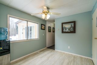 Photo 3: 7715 INGA Drive in Prince George: Pineview Manufactured Home for sale (PG Rural South (Zone 78))  : MLS®# R2546089