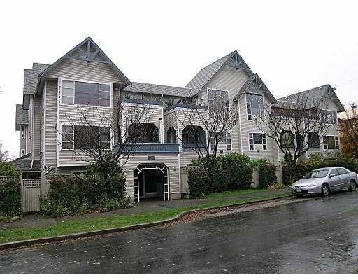 Main Photo: 101 1641 Woodland Drive in Vancouver: Home for sale : MLS®# v566820