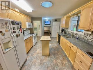 Photo 11: 3932 LOLOFF CRESCENT in Quesnel: House for sale : MLS®# R2625453