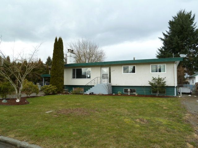 Main Photo: 46055 Avalon Avenue in Chilliwack: Fairfield Island Home for sale ()  : MLS®# H1100848