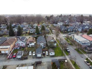 Photo 7: 2205 E 1ST Avenue in Vancouver: Grandview Woodland House for sale (Vancouver East)  : MLS®# R2544354