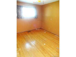Photo 6: 851 Vimy Road in WINNIPEG: Westwood / Crestview Residential for sale (West Winnipeg)  : MLS®# 1318165