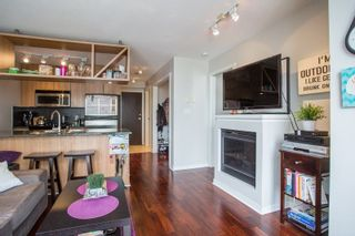 """Photo 2: 2006 1010 RICHARDS Street in Vancouver: Yaletown Condo for sale in """"The Gallery"""" (Vancouver West)  : MLS®# R2252672"""