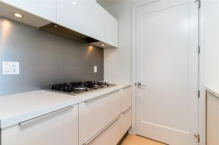 """Photo 13: 807 181 W 1ST Avenue in Vancouver: False Creek Condo for sale in """"BROOK AT THE VILLAGE"""" (Vancouver West)  : MLS®# R2567643"""
