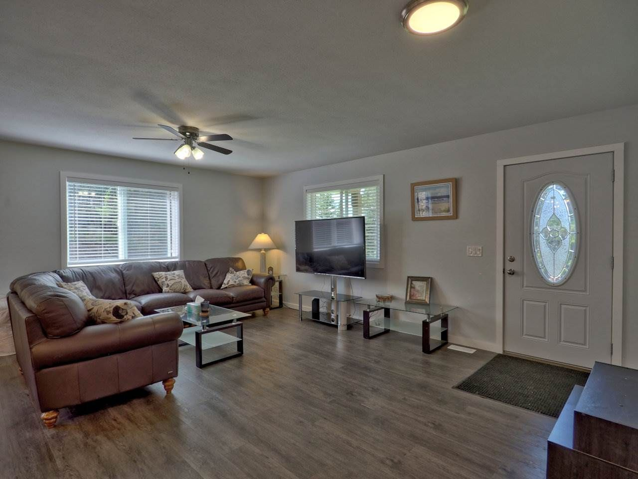 Photo 7: Photos: 4915 KITWANGA Drive in 108 Mile Ranch: 108 Ranch House for sale (100 Mile House (Zone 10))  : MLS®# R2481177