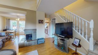 Photo 7: 5339 HILL VIEW Crescent in Edmonton: Zone 29 Townhouse for sale : MLS®# E4262220
