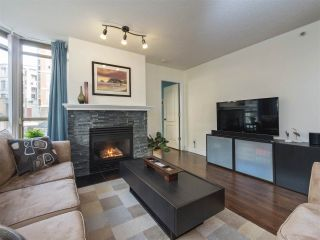 """Photo 3: 506 867 HAMILTON Street in Vancouver: Downtown VW Condo for sale in """"JARDINE'S LOOKOUT"""" (Vancouver West)  : MLS®# R2324358"""