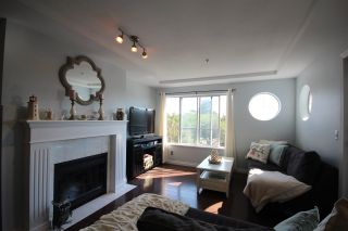 Photo 2: 307 6475 CHESTER STREET in Vancouver: Fraser VE Condo for sale (Vancouver East)  : MLS®# R2304924