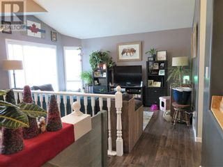 Photo 15: 106 Mackay Crescent in Hinton: House for sale : MLS®# A1142460