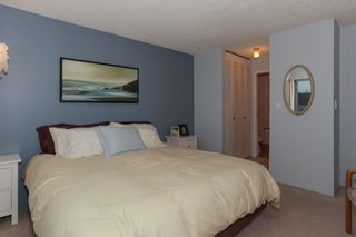"Photo 15: 203 1429 MERKLIN Street: White Rock Condo for sale in ""Kensington Manor"" (South Surrey White Rock)  : MLS®# R2203137"