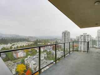 """Photo 10: 2002 2959 GLEN Drive in Coquitlam: North Coquitlam Condo for sale in """"THE PARC"""" : MLS®# R2213475"""