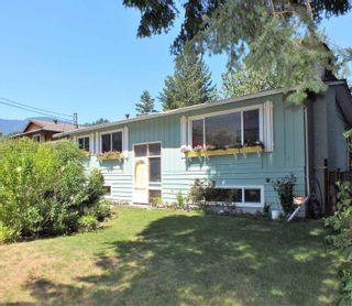 Photo 3: 65963 PARK Avenue in Hope: Hope Kawkawa Lake House for sale : MLS®# R2605889