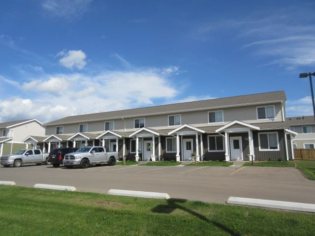 Main Photo: 119 11008 102 Avenue in Fort St. John: Fort St. John - City NW Townhouse for sale (Fort St. John (Zone 60))  : MLS®# R2502196