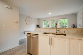 """Photo 5: 45 3368 MORREY Court in Burnaby: Sullivan Heights Townhouse for sale in """"STRATHMORE LANE"""" (Burnaby North)  : MLS®# R2457677"""