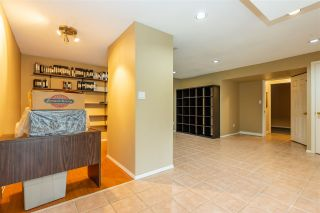 Photo 14: 8462 JENNINGS Street in Mission: Mission BC House for sale : MLS®# R2410781